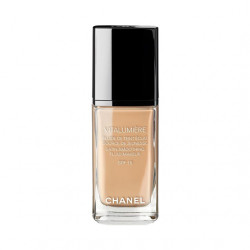 Chanel Vitalumiere Satin Smoothing Fuid Makeup SPF 15