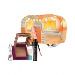 Benefit Hotter Outdoors holiday set